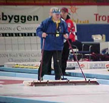 Canada Curling Stone, The Nipper